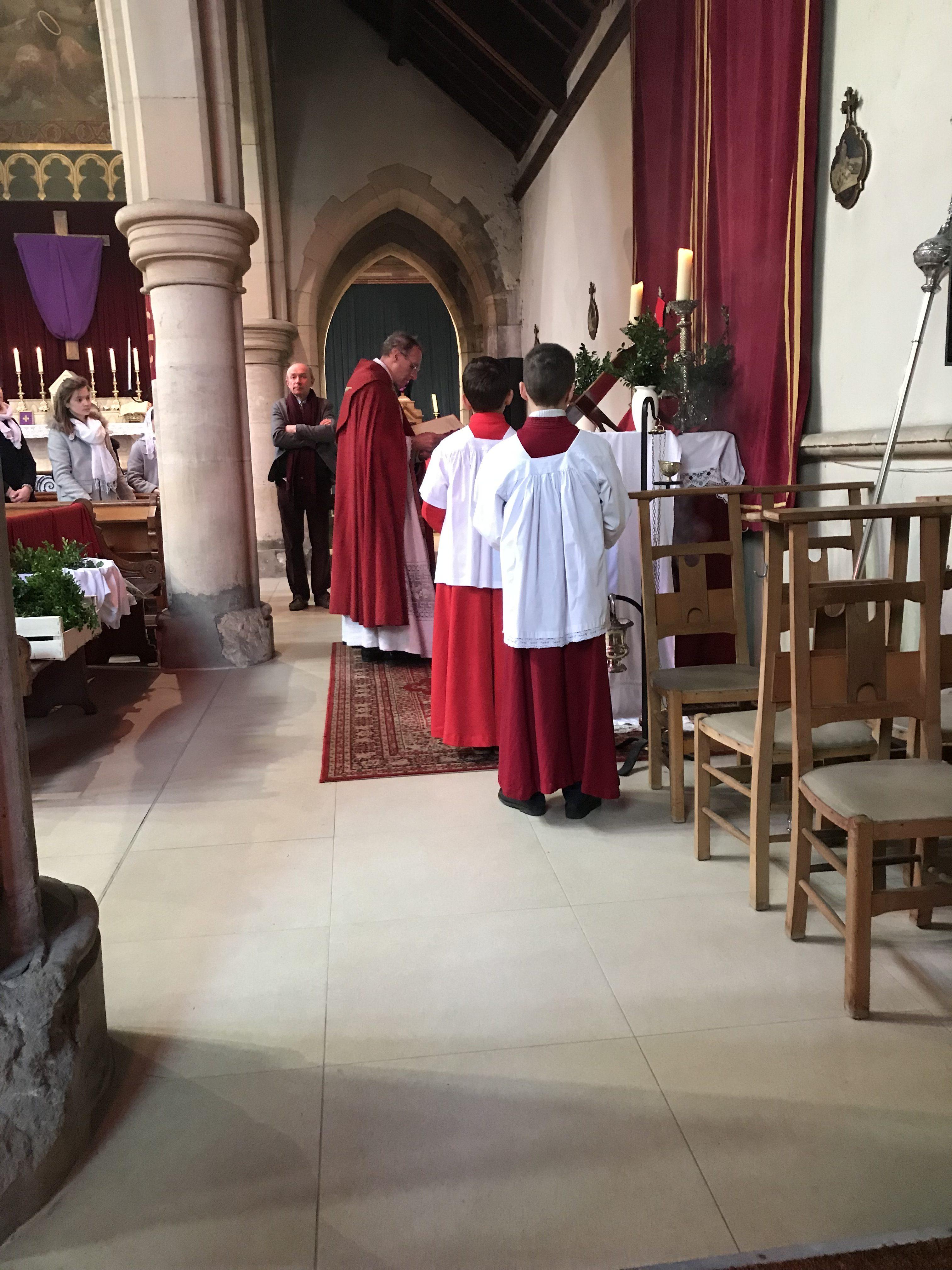 Bénédiction des rameaux avant la Procession et la Messe