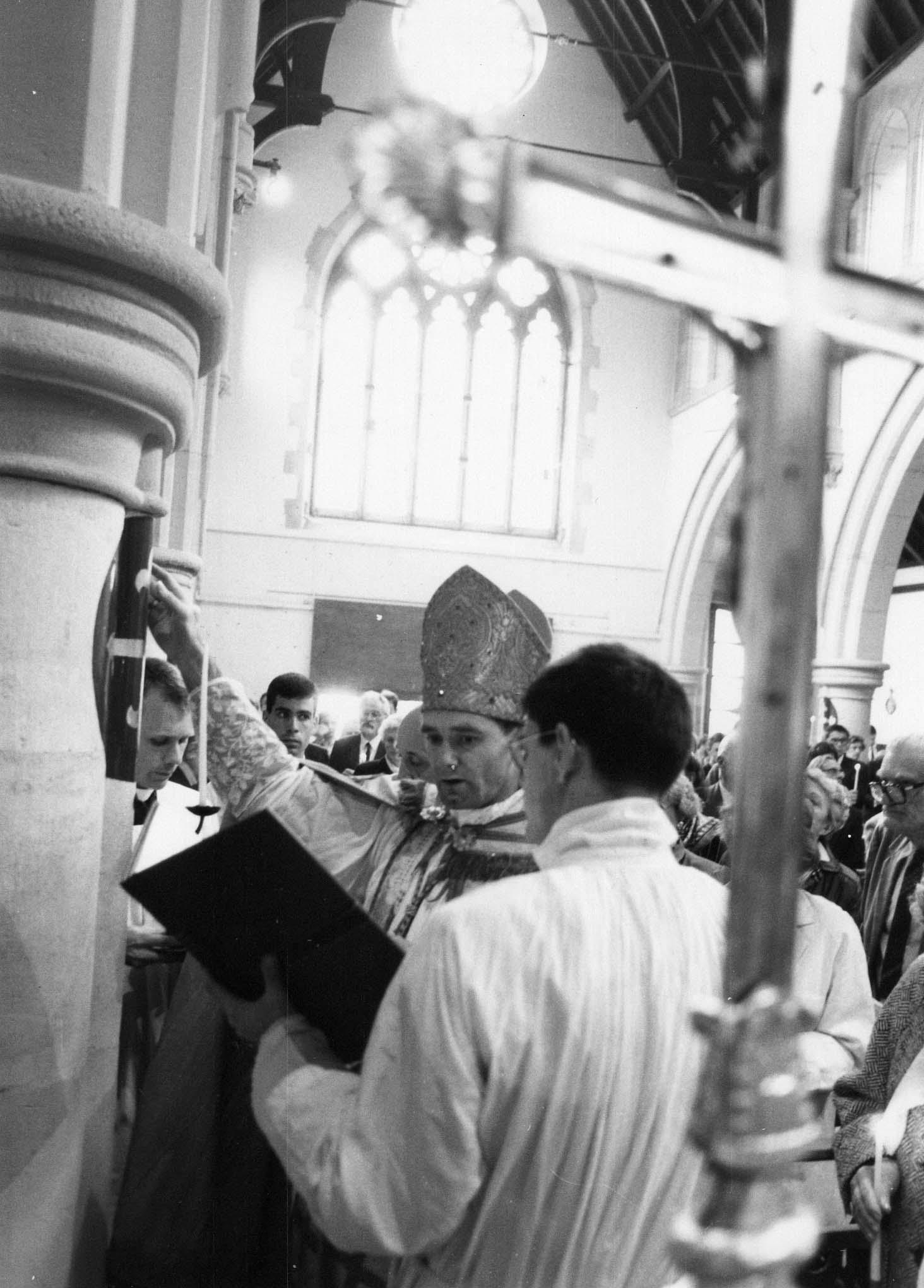 consécration de l'église